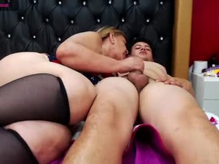 littleandmommy spanish cam babe wants her asshole humped on camera