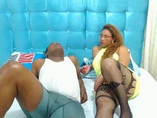 hot_couplee20 BBW cam girl enjoys her ass