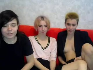 keyttlliinn cam girl likes using hot adult toys live on XXX cam