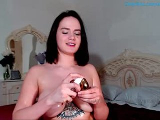 anna_monik depraved brunette cam girl presents her pussy sodomized