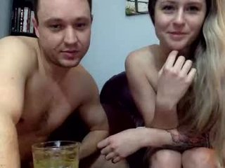 xocutecouplexox naked couple do the fuck and suck online