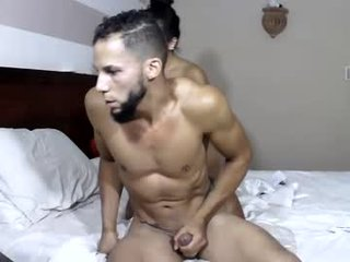 daisy_luigi slim couple shoot amateur POV video of their live sex show