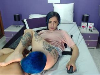 melisa_grey cam couple loves this huge dildo