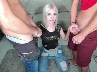 wetdreams2702 big tits spanish cam babe loves fucking on camera
